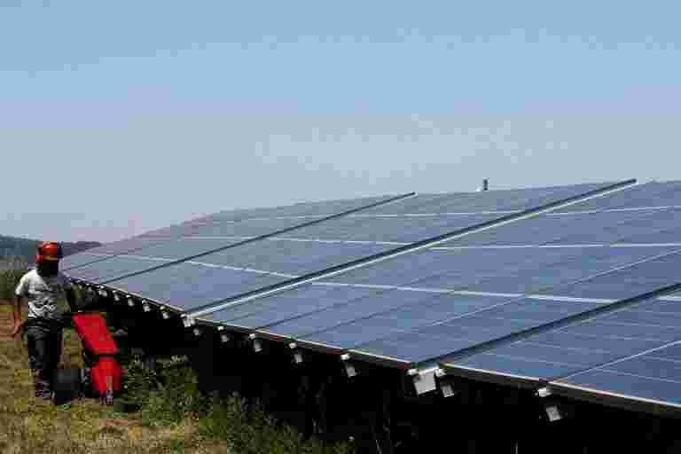 看法:制造联系招标不是国内太阳能制造的银子弹
