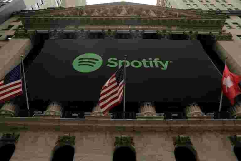 Apple表示,它收取不到1%的Spotify用户的费用