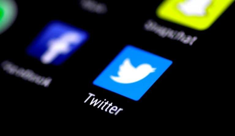 现在收到旧的Twitter接口,只需点击几下