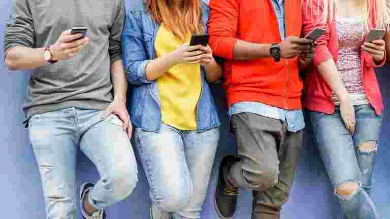 1.55亿卢比无线电信订阅者在6月份添加:Trai.