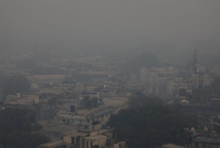 加入社交媒体,促进公民对污染提出投诉:CPCB到当局